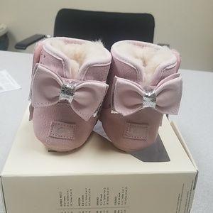 Shoes - Infant Ugg pink boots